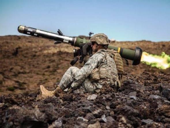 ラヴロフ:ワシントンはポーランドとバルト諸国をウクライナへの武器の譲渡に結びつけようとしている
