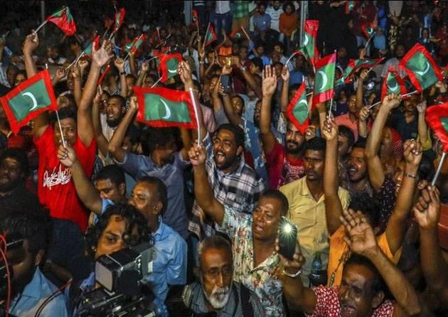 Indien erwägt eine militärische Intervention auf den Malediven