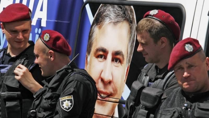 Саакашвили на Украине надоел всем, даже американцам