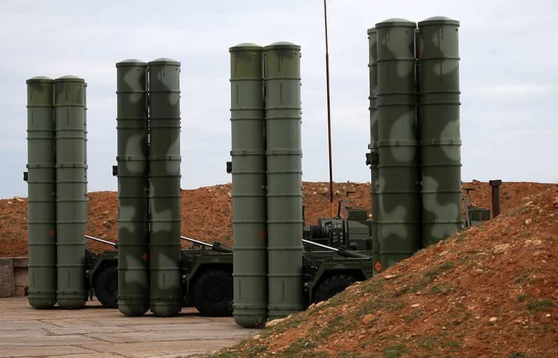 СМИ: РФ и Турция планируют подписать контракт на второй полковой комплект С-400