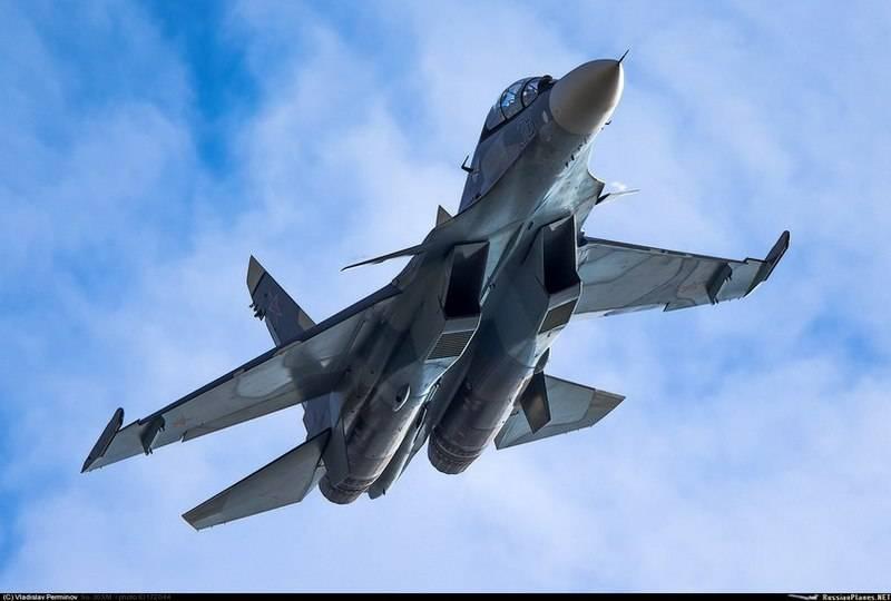 Minsk espera iniciar as entregas do russo Su-30SM em 2019