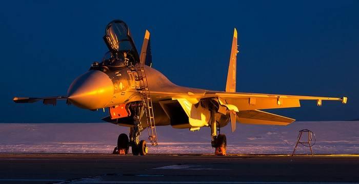 Der Vertrag über die Lieferung des indonesischen russischen Jagdflugzeugs Su-11 35 wurde unterzeichnet