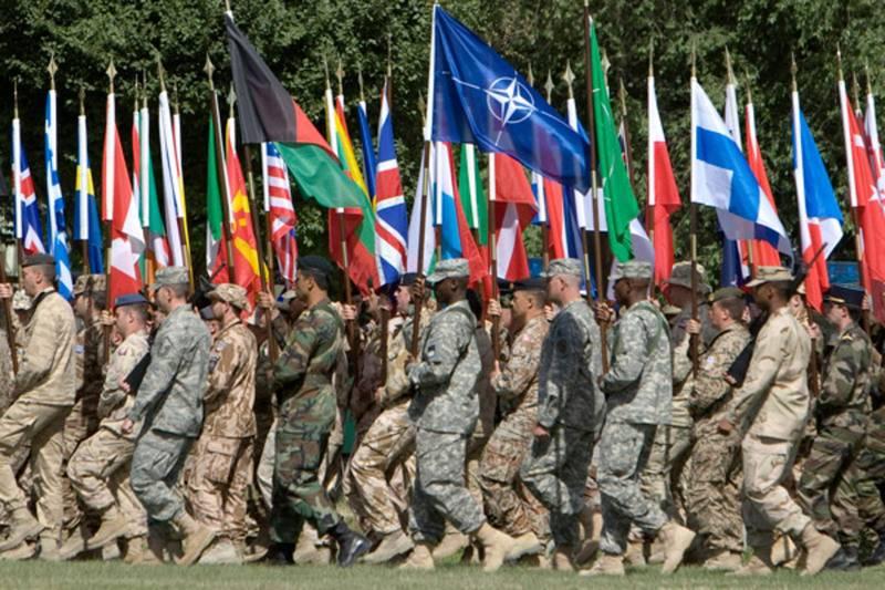 США потребуют у союзников увеличить спонсирование НАТО