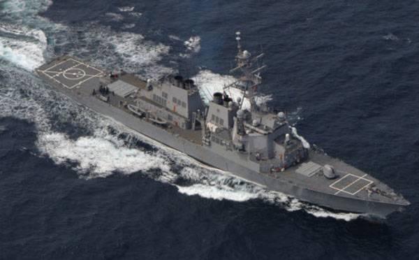 """В Чёрное море вошёл эсминец США, ранее атаковавший Сирию """"Томагавками"""""""