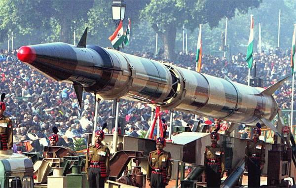 Indien führte einen weiteren Test einer ballistischen Rakete Agni II durch