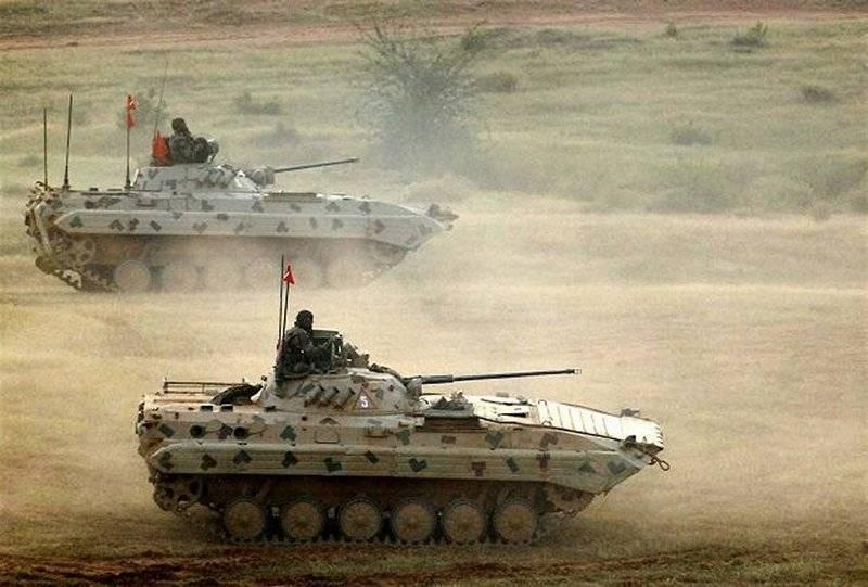 Die indische Armee bestellte anderthalbhundert Saratow-BMP (BMP-2)