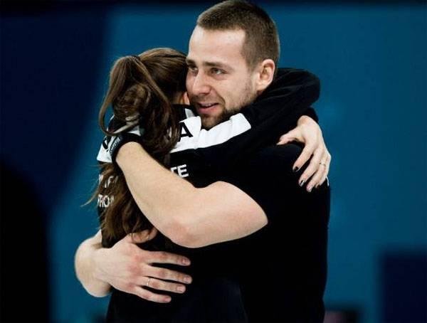 Theater der olympischen Absurdität. Russische Lockenwickler werden das IOC Bronze zurückgeben