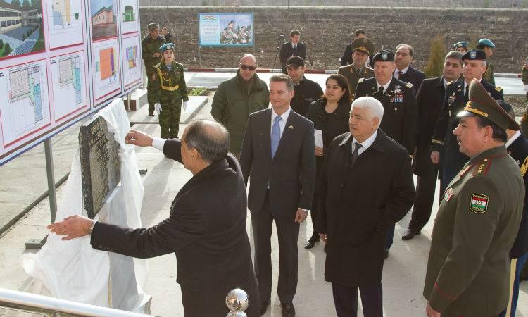 США открыли в Таджикистане центр подготовки мобильных войсковых групп
