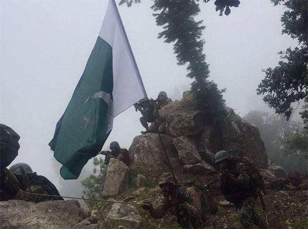 インド軍はパキスタンの位置にミサイル攻撃を開始しました