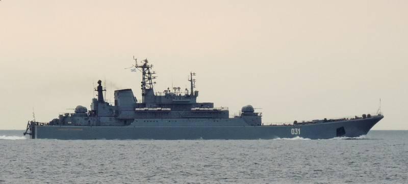 मीडिया: ब्रिटिश बेड़े रूसी जहाजों को एस्कॉर्ट करने में असमर्थ हैं