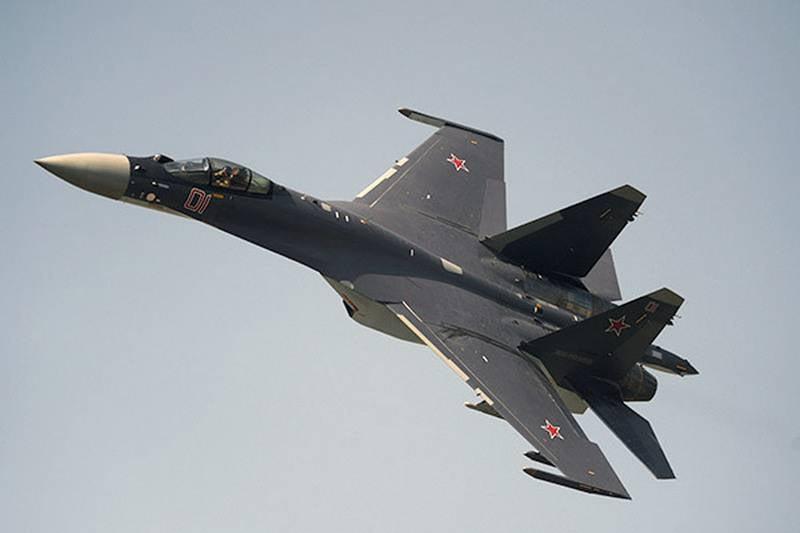 СМИ: Су-35 могут модернизировать до самолета пятого поколения