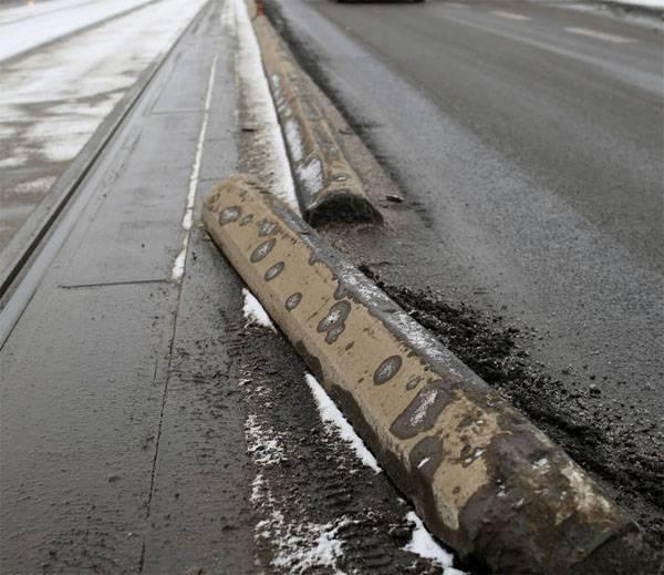 ポーランドの治安機関:事故後の大統領による別の車への移植