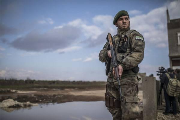 서방 언론 : 미국은 쿠르드족과 아사드와의 접촉을 알 수 없었다.