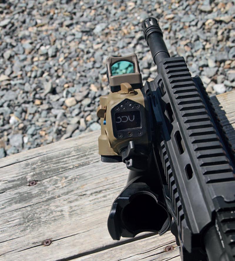 Тихая радость солдата: винтовка, обвешанная аксессуарами