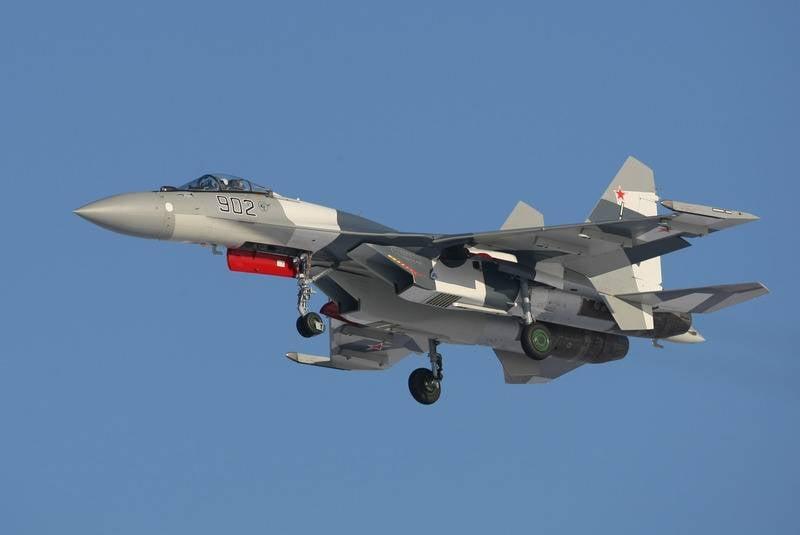 在俄罗斯联邦证实与印度尼西亚签订了购买Su-35飞机的合同