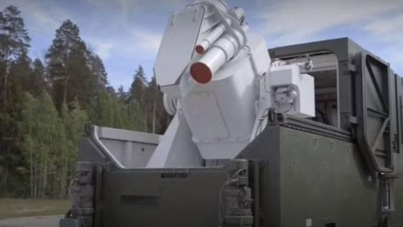 你如何提议命名俄罗斯联邦的最新武器,总统说