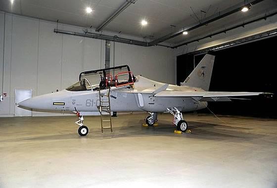 """İtalyan Hava Kuvvetleri en son eğitim uçağı M-346 """"Master"""" aldı"""