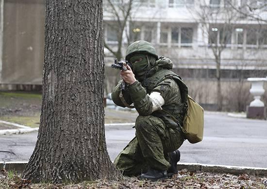 Nella regione di Leningrado, il personale militare ha respinto un attacco di terroristi condizionati contro una struttura militare