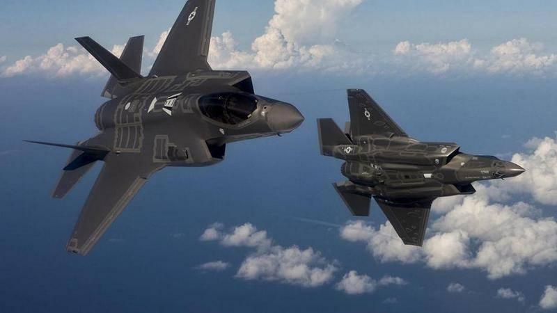 СМИ: лишь половина истребителей F-35 пригодна к полетам