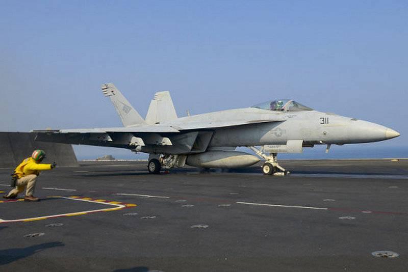 США начинают программу модернизации F/A-18E/F Super Hornet