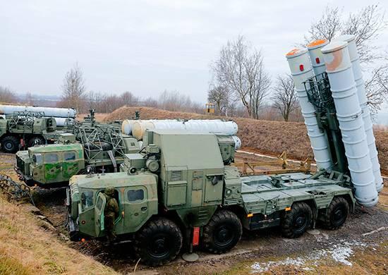 Präsident Putin: Russlands Waffenexporte in 2017 überstiegen 15 Milliarden US-Dollar