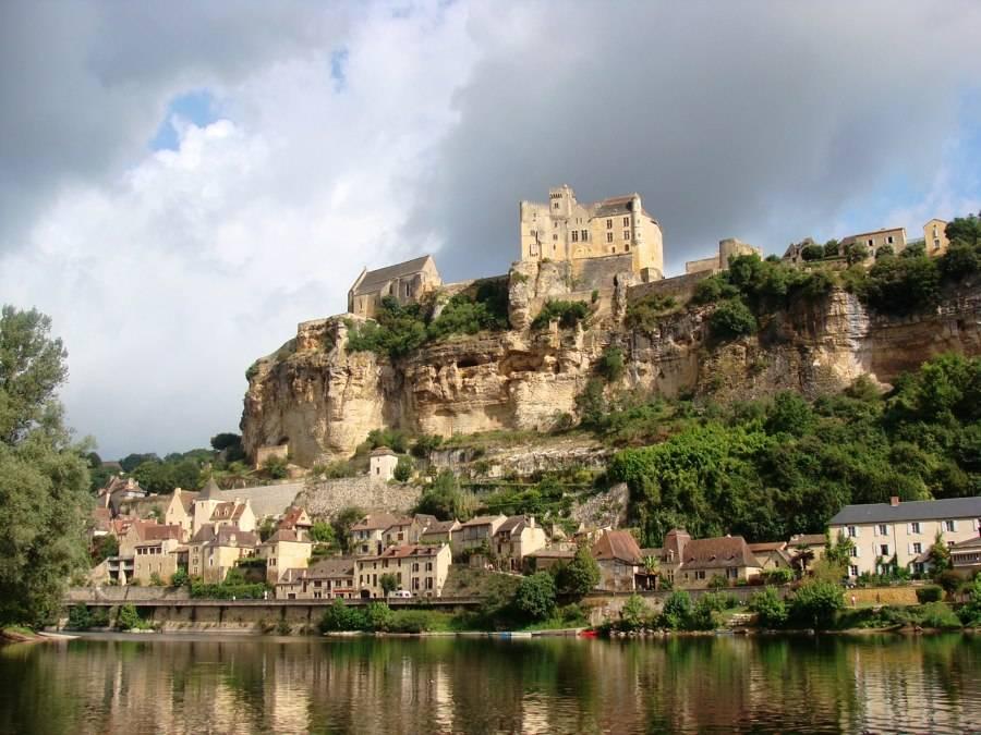 Замок перигор фото