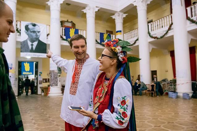 Maidan-Geschenk für März 8: Sobchak ist in der Peacemaker-Datenbank gelistet