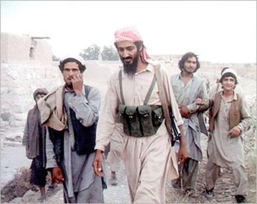 """Чтиво выходного дня. """"Чёрные аисты"""" из афганских """"духов"""" и поэт-менеджер бен Ладен"""