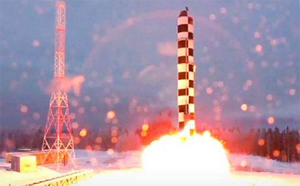 """Das Verteidigungsministerium der Russischen Föderation sprach über Pläne, mit der Entsorgung der ICBMs """"Voivoda"""" zu beginnen"""