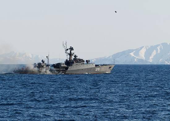 태평양 함대는 Primorye와 Kamchatka에서 포병 사격을 수행했습니다.