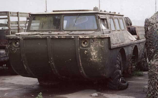 ベテラン全地形対応車ZIL-49042