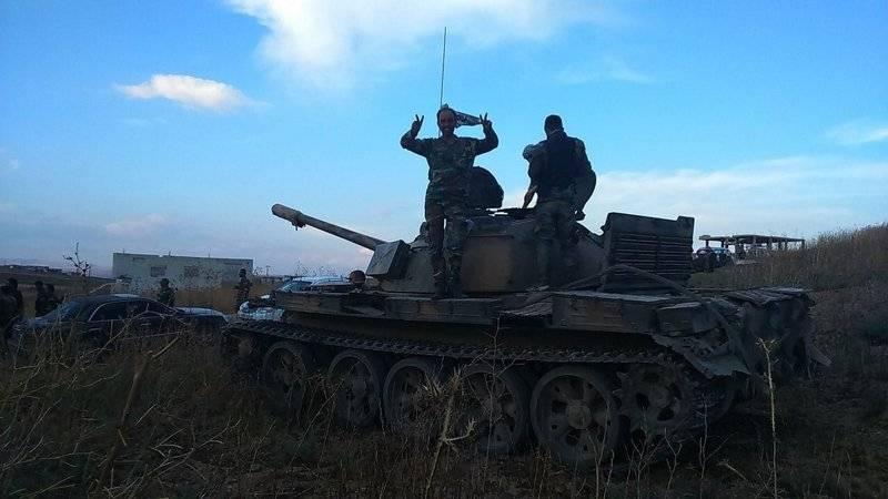 시리아 군대는 거대한 공격 무장 세력을 격퇴했다.