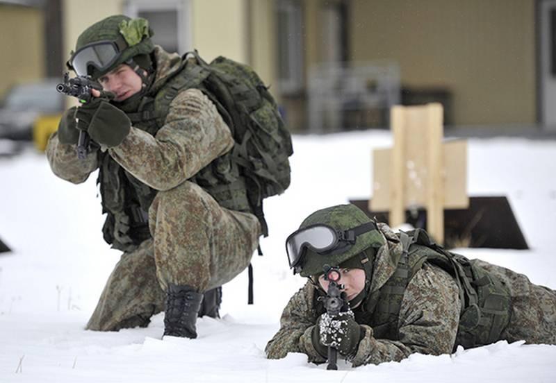 """लड़ाकू उपकरणों के लिए """"योद्धा"""" विशेष कपड़े सीवे"""