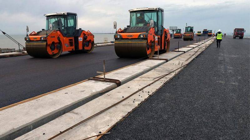 The Ministry of Transport told about the introduction of traffic on the road part of the Crimean Bridge