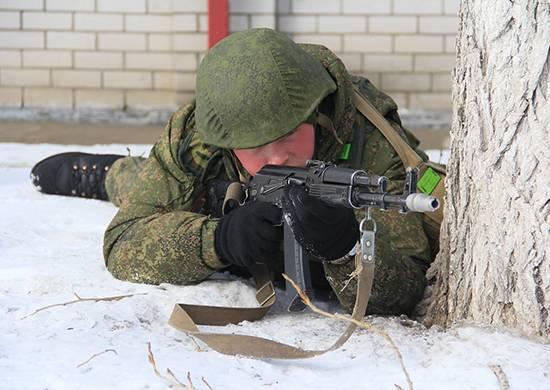 Il personale militare del distretto militare meridionale respinse un attacco a un parco di attrezzature militari vicino a Volgograd