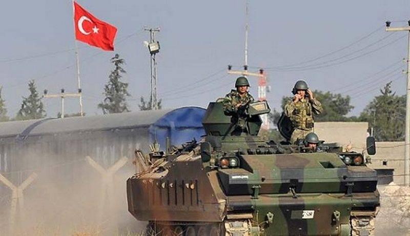 米国は、同盟をISとの闘いから邪魔しているとトルコを非難した*