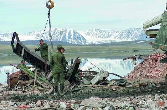 Le ministère de la Défense envisage de nettoyer l'Arctique des déchets avec un an d'avance