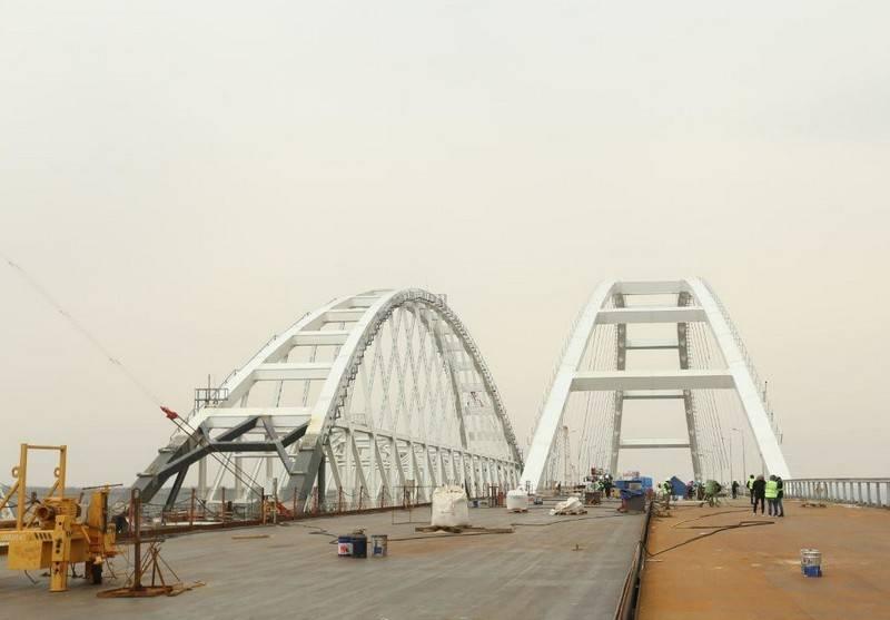 Islyamov ha promesso sanzioni contro tutti coloro che hanno attraversato il ponte di Crimea. Per nome!