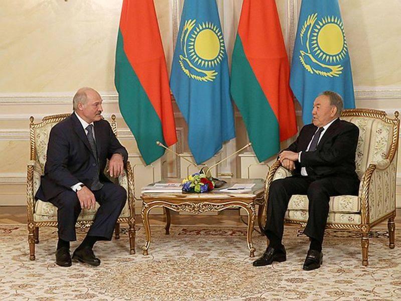 ベラルーシとカザフスタン:ウクライナのレッスン