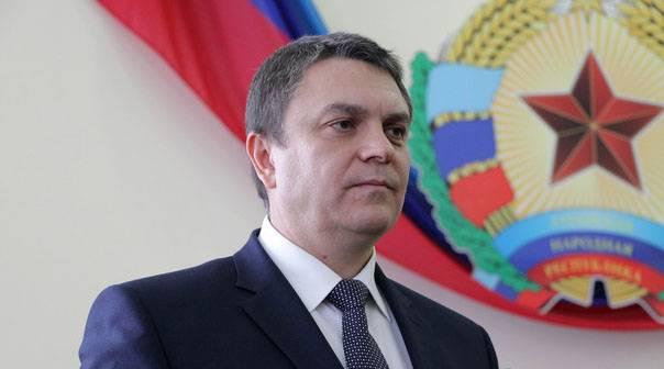 在基辅,他们对欧安组织SMM副主席与代总统的会晤感到愤慨。 LC负责人