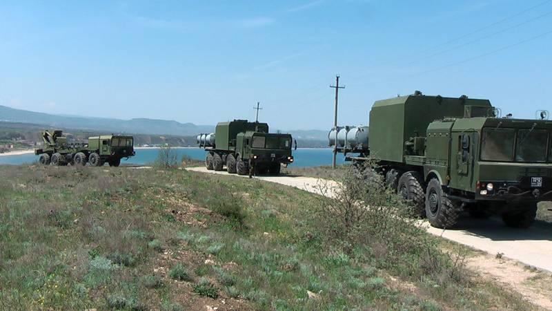 """黑海舰队的沿海RK""""球""""和""""海岸""""摧毁了有条件敌军舰队"""