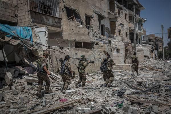 ГенштабВС РФ: население Ракки приподнимает восстание против подконтрольных США боевиков