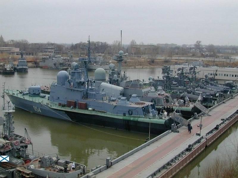 МинобороныРФ: Каспийскую флотилию переведут изАстрахани вКаспийск