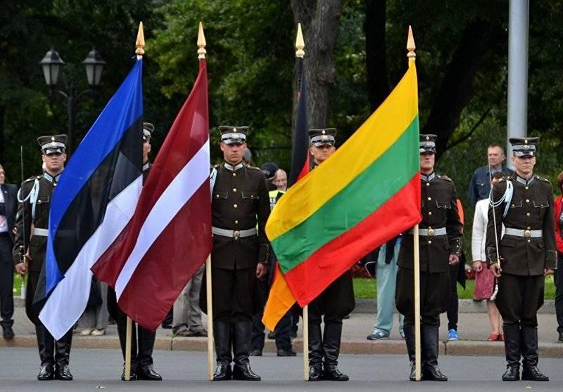 """""""¡Danos defensa aérea, pero más!"""" Los estados bálticos piden armas a EE. UU."""