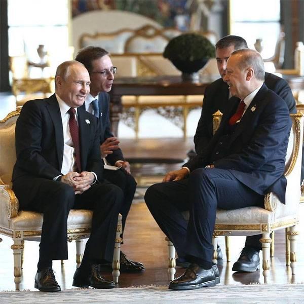 Vladimir Putin è arrivato ad Ankara