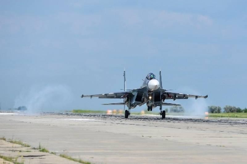 Авиация ВМФ отработает по береговым целям. В Крыму начались летные учения