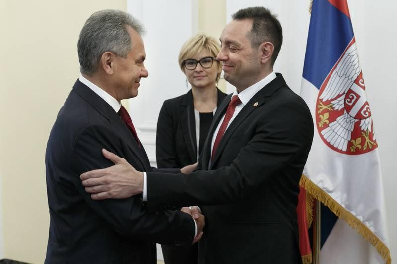 Los serbios requieren nuevas armas. Moscú y Belgrado discuten entregas