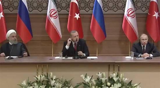 РФ, Турция иИран снизили насилие вСирии— Путин