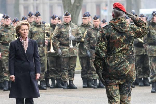 La Germania ha trasferito l'unità di difesa aerea sotto il comando dei Paesi Bassi. Per che cosa?