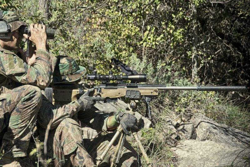The US Marine Corps changes the M40 A6 to the Mk 13 Mod 7